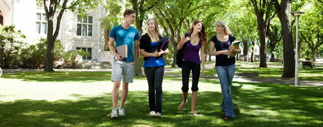 campus_trees_students_strolling
